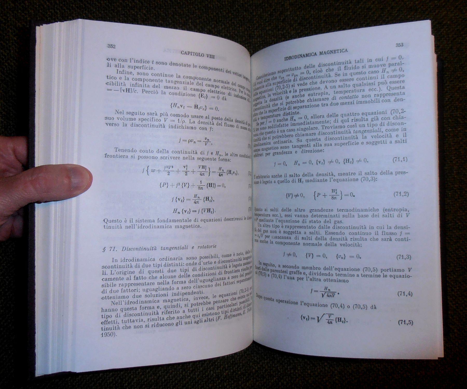 Elettrodinamica dei mezzi continui (Fisica teorica 8)